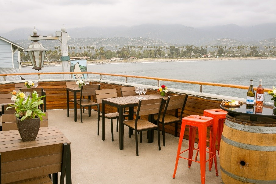 outside patio at deep sea tasting room overlooking the ocean and cabrillo blvd